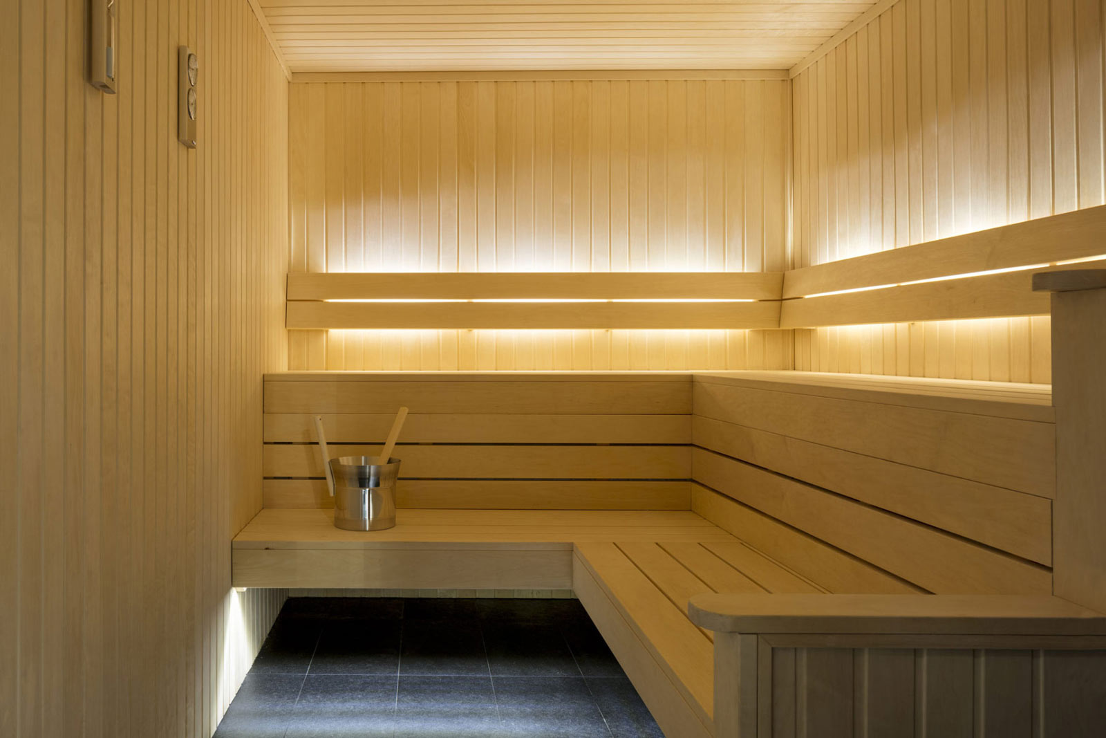 Sauna of Burlington Gate apartments